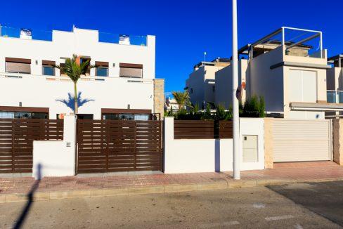 Geschakelde duplex Torrevieja op 900 meter van de kust! vanaf € 234900,– (28)