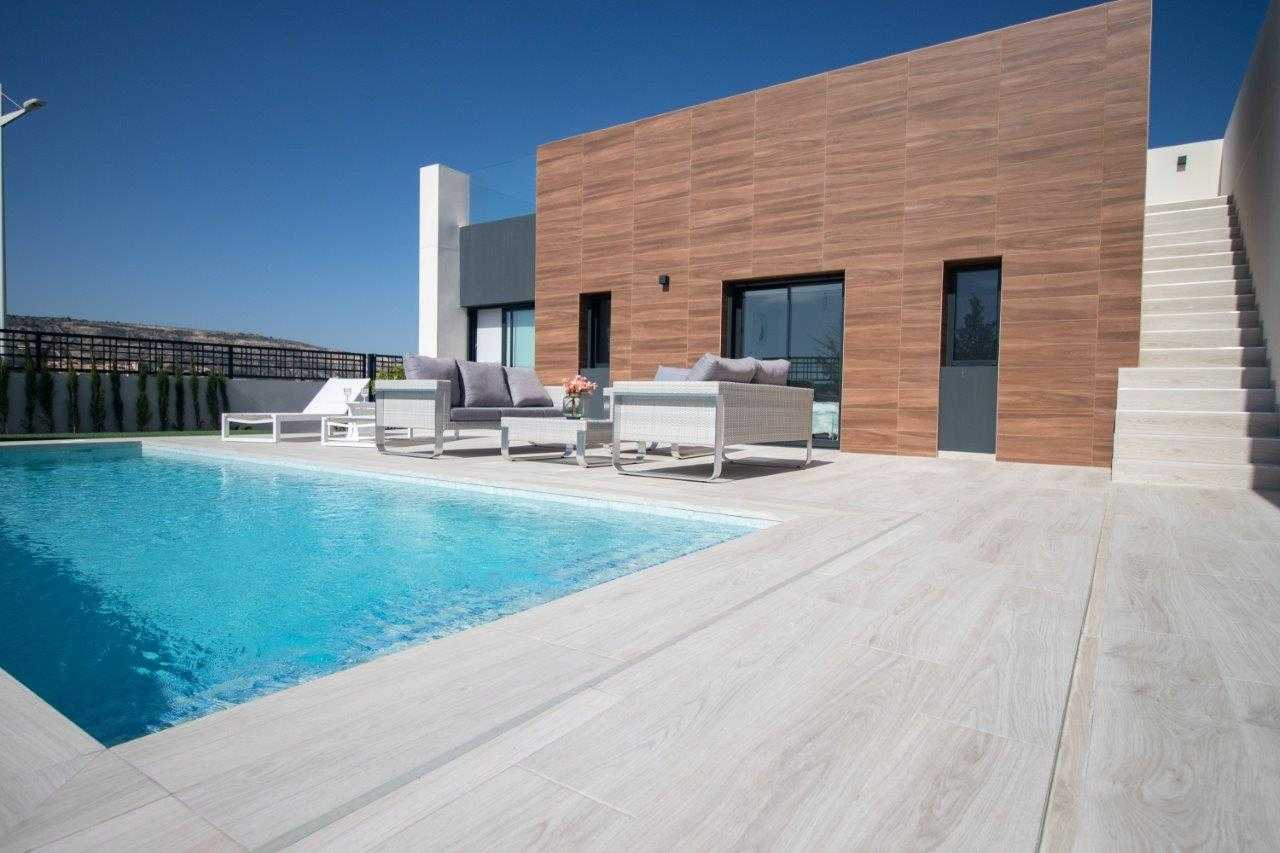 Vrijstaande gelijkvloerse villa met privé zwembad vanaf € 339.000,-