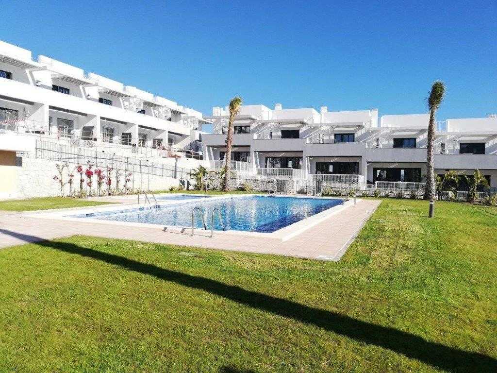Duplex naast de golfbaan vanaf € 187.000,– in Alenda – Costa Blanca