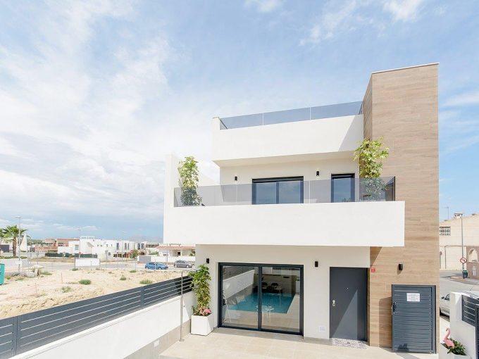 Mooie moderne rijtjeswoningen in Spanje vanaf € 225.000,- Huis aan de Costa