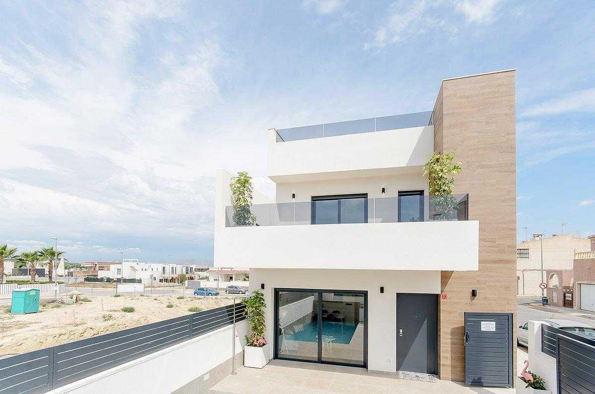 Mooie moderne rijtjeswoningen in Spanje vanaf € 225.000,–
