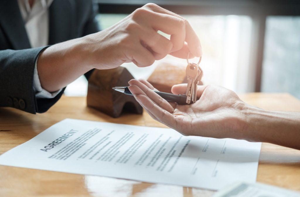 Welke papieren moet je aanvragen als je een off plan woning koopt - Huis kopen Spanje
