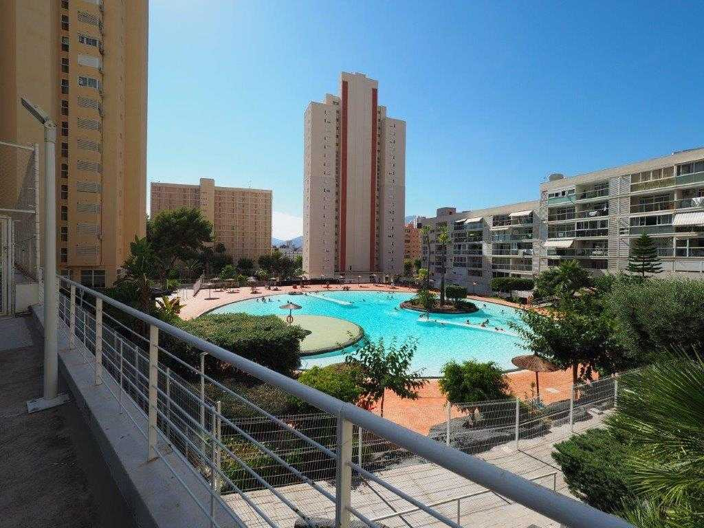 Appartement met panoramisch zeezicht in Benidorm