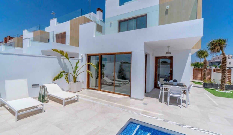 Vrijstaande villa's met zeezicht (2)