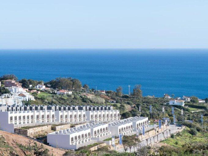 Townhouses met een ongeëvenaard uitzicht over zee. - Huis aan de Costa