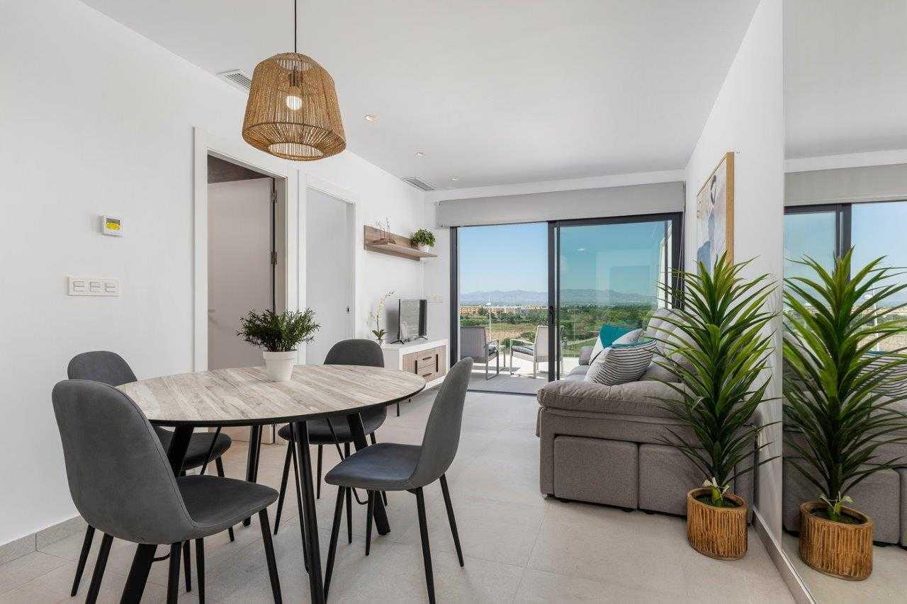 Modern appartement midden in Benimar