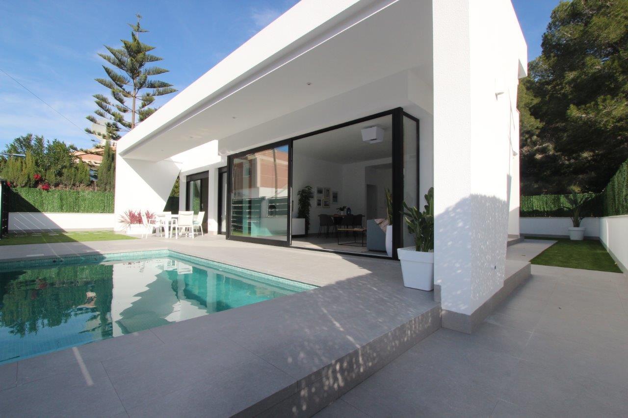 Vrijstaande bungalows met privé zwembad